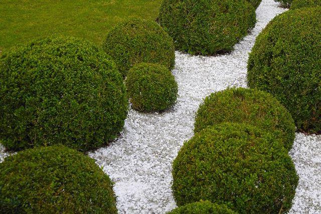 Tuinontwerp aanleg onderhoud kunstgras betonklinkers en afsluitingen de groenbroeders 01