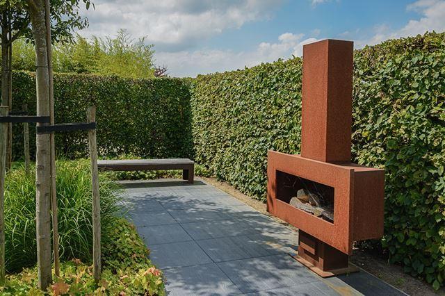 Tuinontwerp aanleg onderhoud kunstgras betonklinkers en afsluitingen de groenbroeders 22